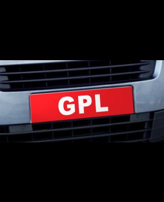 Cache plaque d'immatriculation avantage GPL rouge