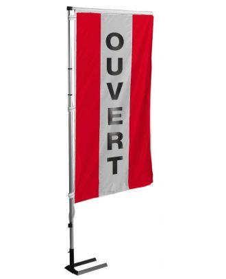 Kit mat et drapeau Ouvert rouge à bandes latérales 5.5 m